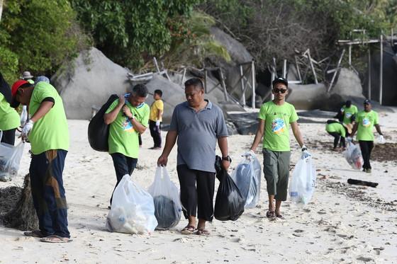 IIB Clears Pemanggil Island, Mersing
