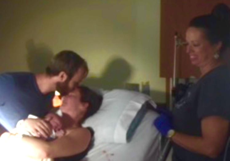 Skin to skin kiss | Doula Your Birth Helper Pamela Sauls