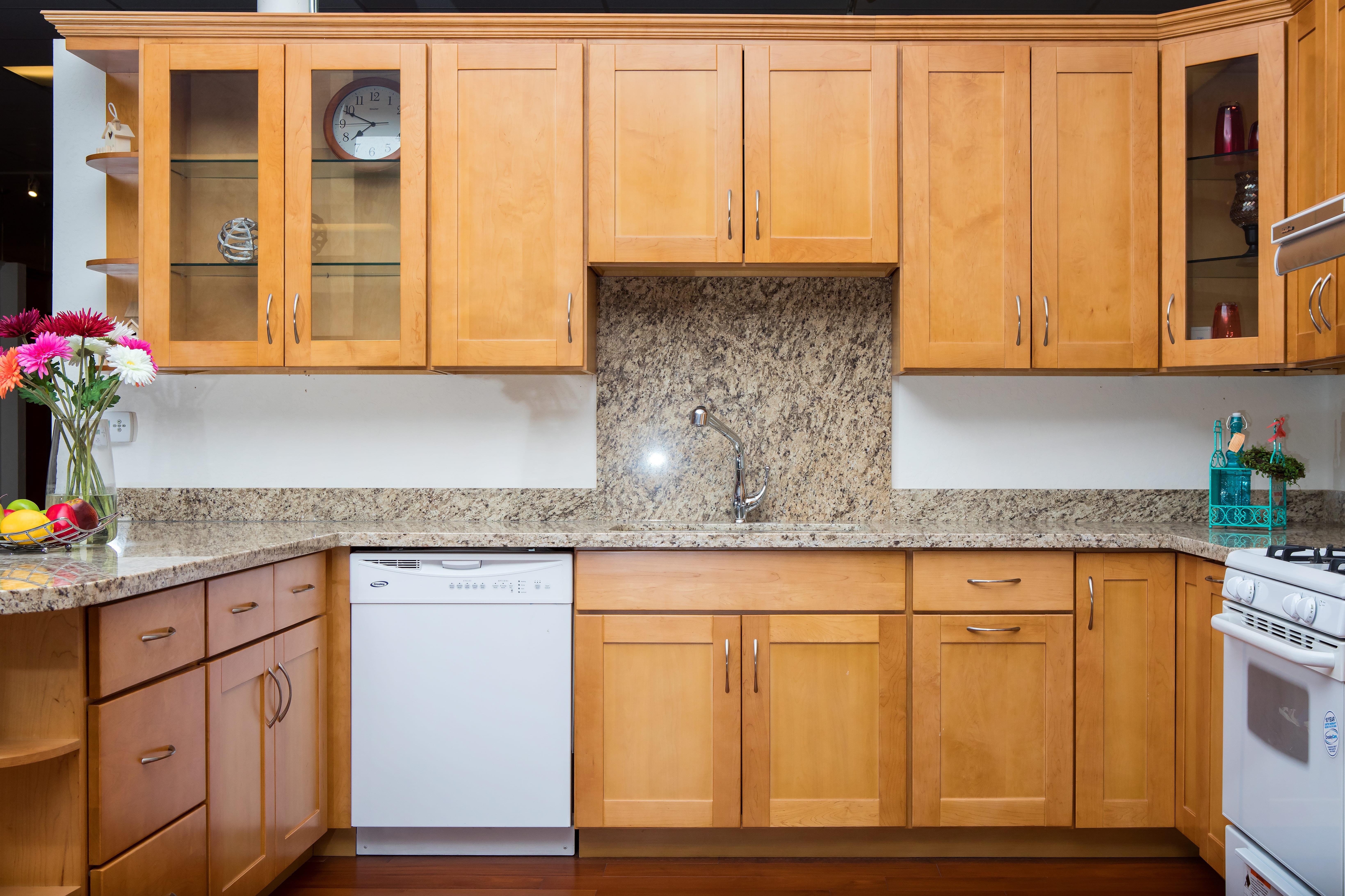 Natural Maple Shaker Style San Jose Hayward Kz Kitchen ...