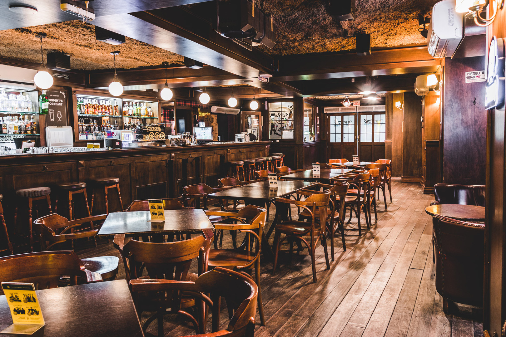 The Basement English Pub
