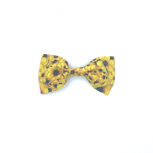 Buttercup Print Dog Bow