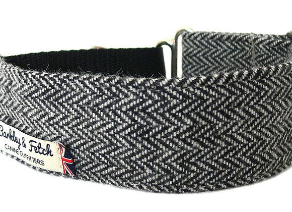 Grey Herringbone Martingale Collar