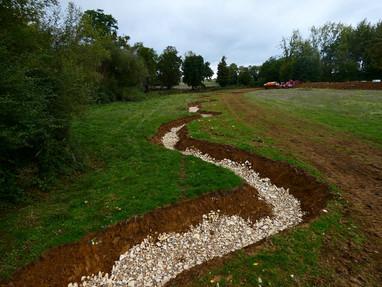 Poursuite du chantier de remise en fond de vallée de l'Auxigny