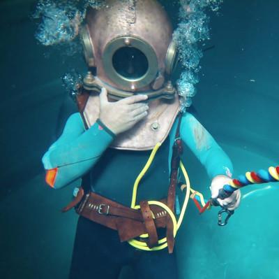 Brass Helmet Dive