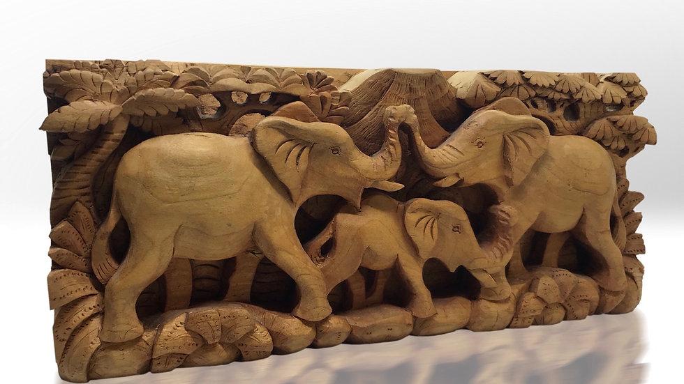 Ahşap El Oyması Filler