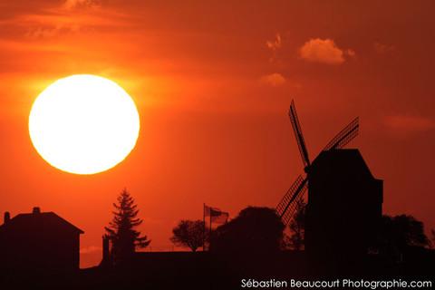 Coucher de Soleil, moulin de Verzenay