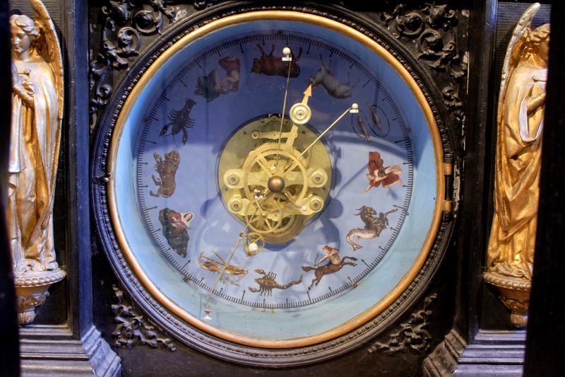 Planétaire de l'horloge astronomique de Besançon