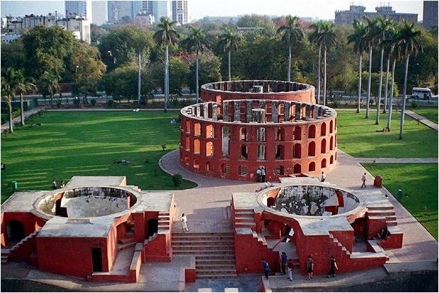 Observatoire astronomique Jantar Mantar, à Delhi.