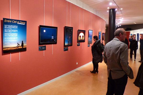 Exposition Paysages célestes en Champagne, photographies de Sébastien Beaucourt, présentée au Phare de Verzenay, musée de la Vigne, Marne.