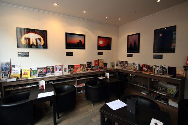 Exposition Paysages célestes en Champagne, photographies de Sébastien Beaucourt, présentée à la libraire Rose et son roman, à Reims