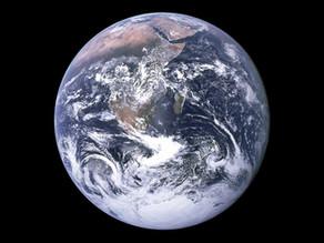 Pourquoi la Terre tourne ?