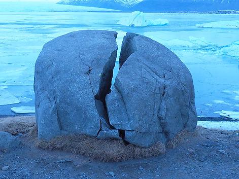 stone-ball-4442580.jpg
