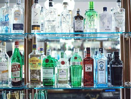 pesaro cocktail bar