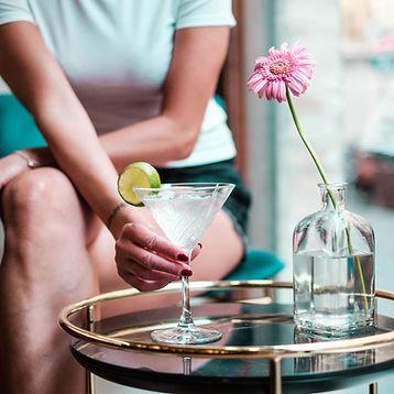 pesaro-cocktail-bar
