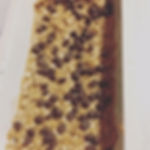 peanut butter and chocolate chip enegy bars