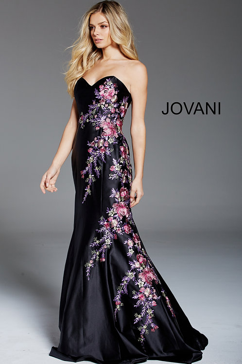 Black Sweetheart with Floral Detail