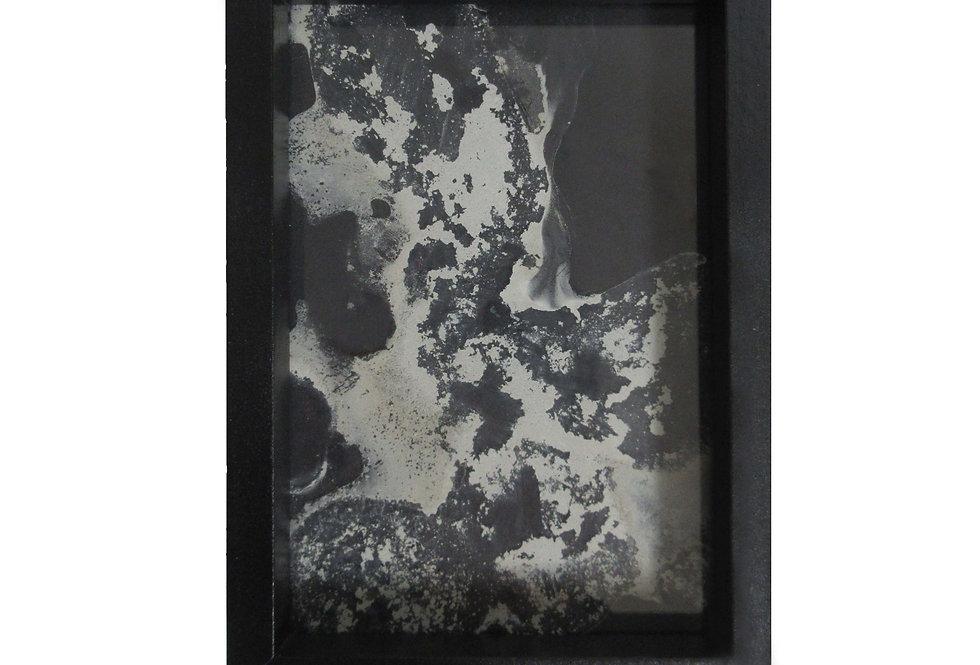 Valeria Dardano | Cement on glass | 10x15x2