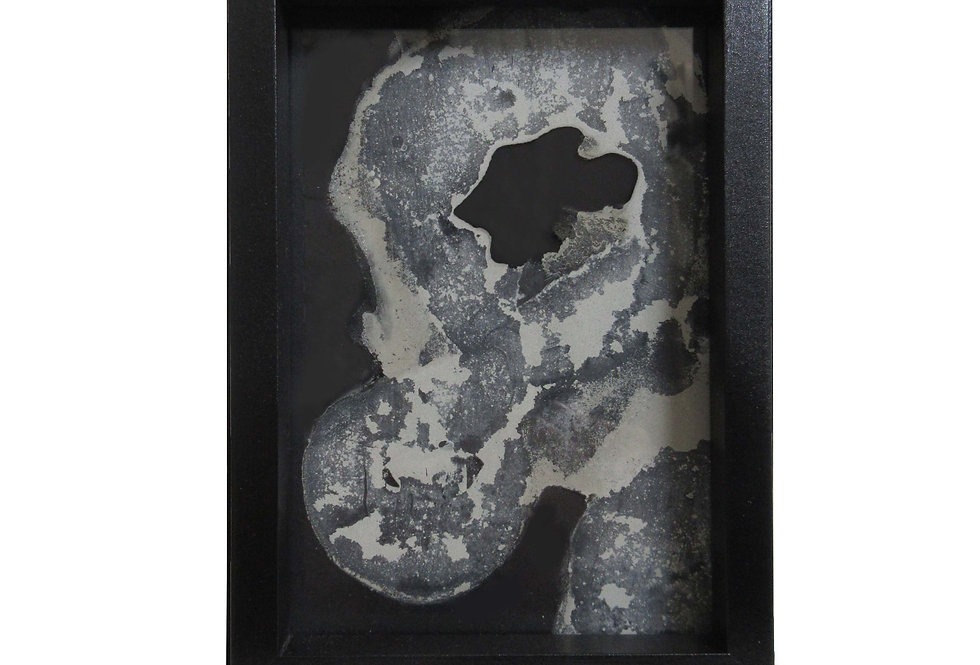 Valeria Dardano | Cement on glass | 10x15x2