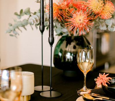 Bloom table setting