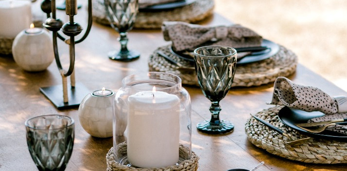 Roots tablescape