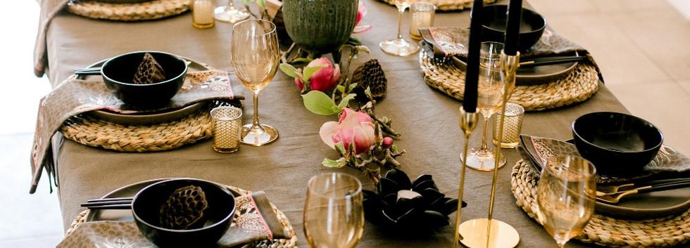 Khaki table setting