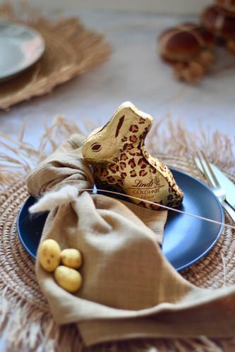 Lindt bunny - Honeydew napkin
