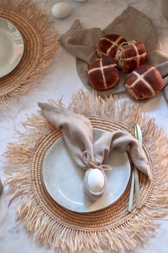 Linen napkin with egg & Chai setting
