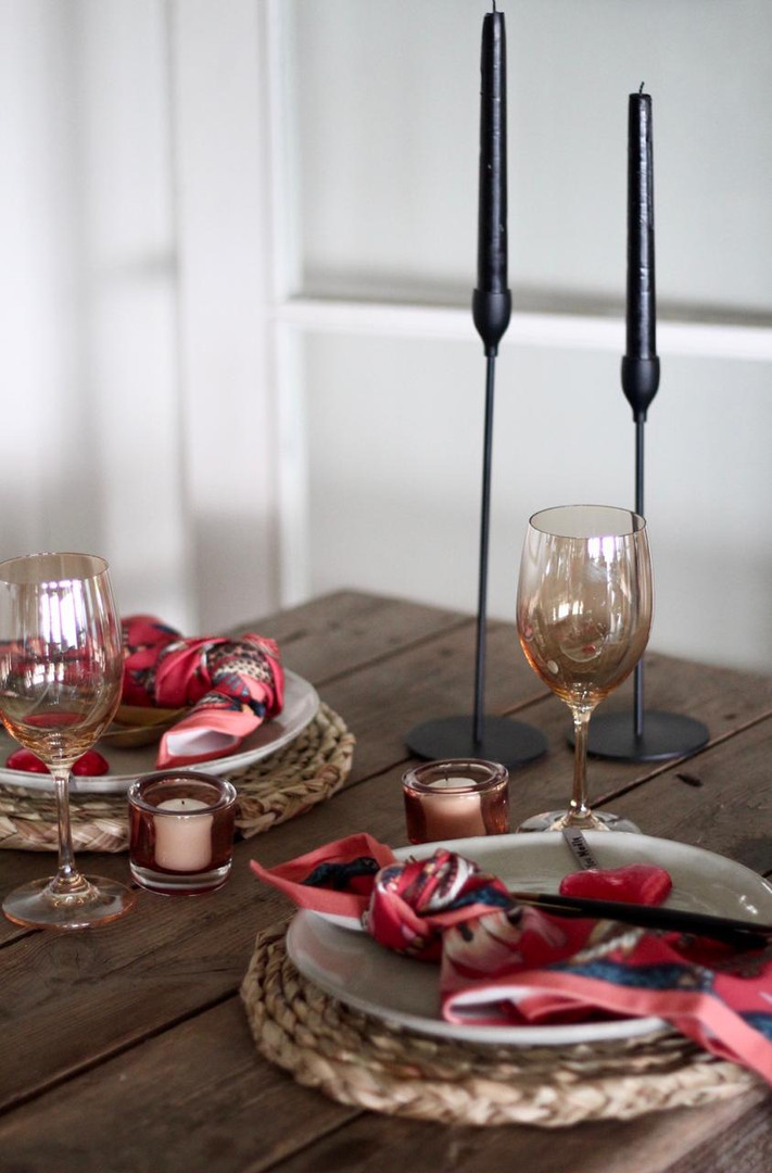Wild at Heart table setting