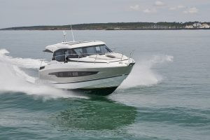 Jeanneau NC 37: an inviting and elegant family powerboat