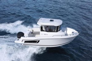 MERRY FISHER 605 Marlin : un Poste de Pilotage Coulissant !