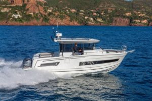 Merry Fisher 895 Marlin: the SUV of the seas multi-program