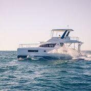 LEOPARD 43 PC: un nouveau catamaran moteur à couper le souffle