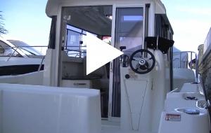 Le Quicksilver 755 Pilothouse : un pêche-promenade astucieux et confortable
