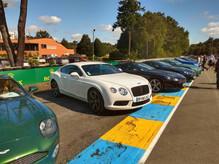 A6 VDM 2019 Aston Martin et Bentley.jpg