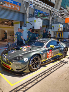 A4 VDM Team Aston Martin 1 (2).jpg