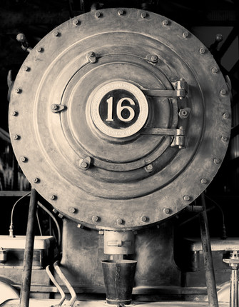Train 8748 online.jpg