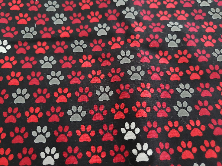 Red Wh Blk Paws