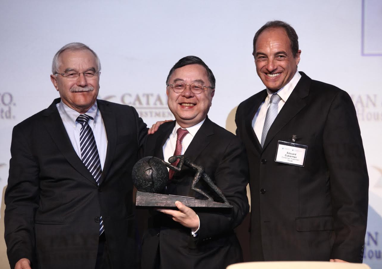 Left to right: Yair Shamir (Managing Partner, Catalyst Fund), Ronnie Chan (Chairman of Hang Lung Properties) and Edouard Cukierman (Chairman of Cukierman Investment House and Managing Partner of Catalyst CEL)