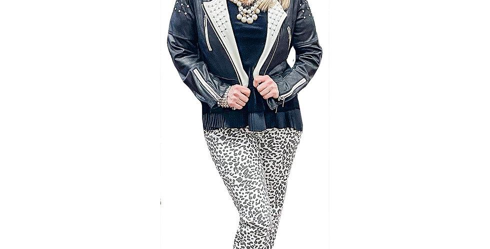 Black/White Stretch Cheetah Miracle Pant