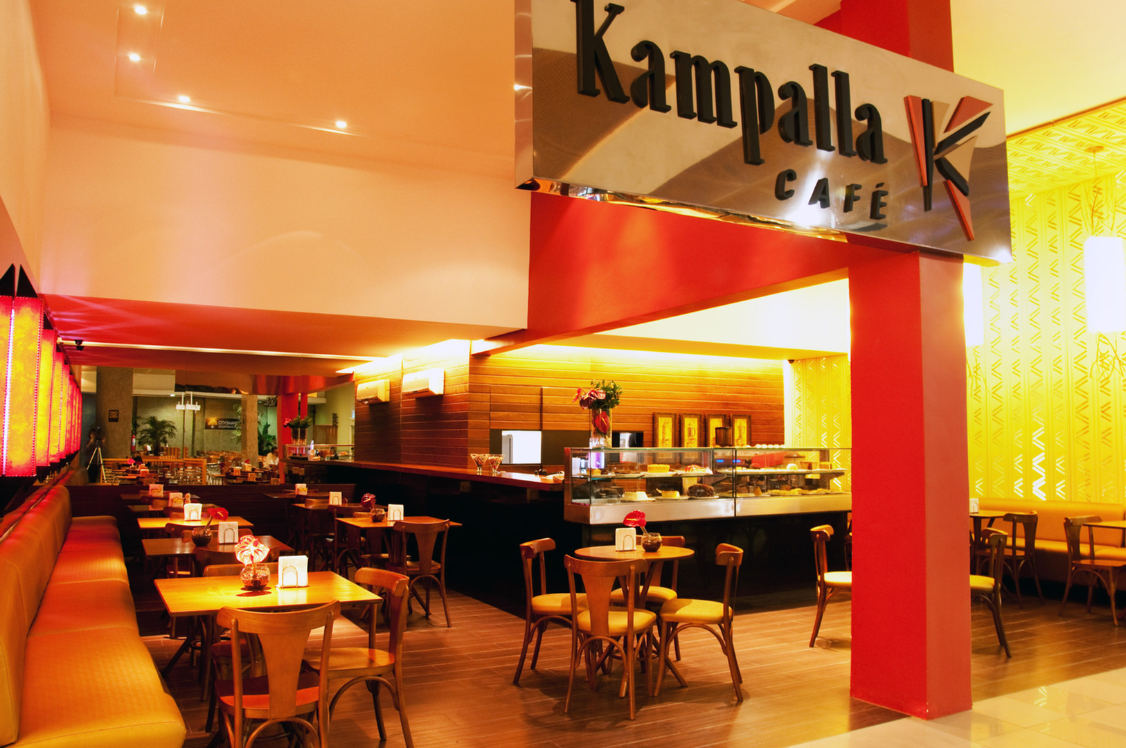 KAMPALLA CAFÉ - I