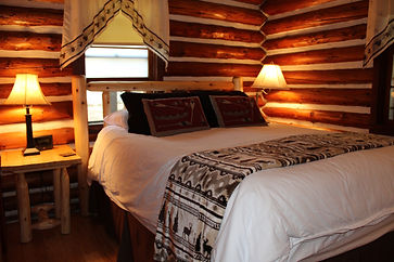 Traverse City cabin rental - guest room with queen bed