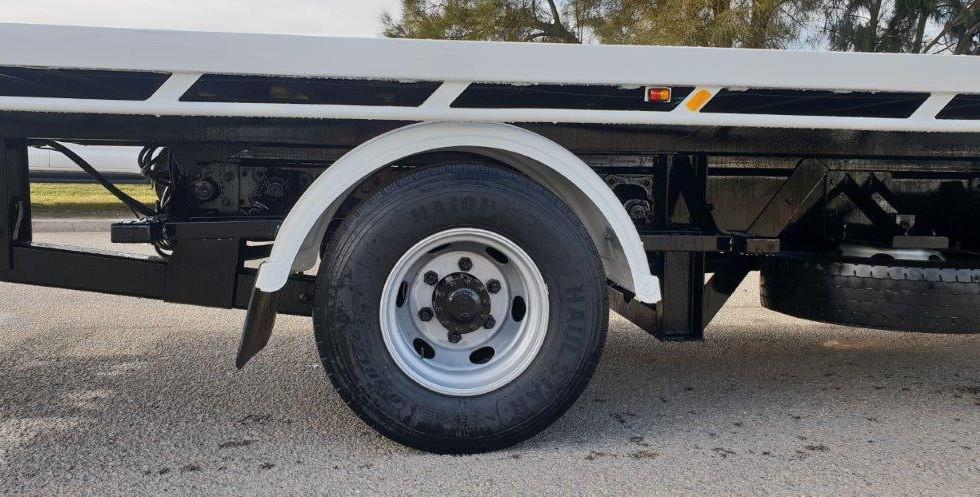 Tow truck tyre repair 1.jpg