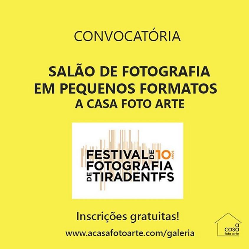Salão de Fotografia em Pequenos Formatos