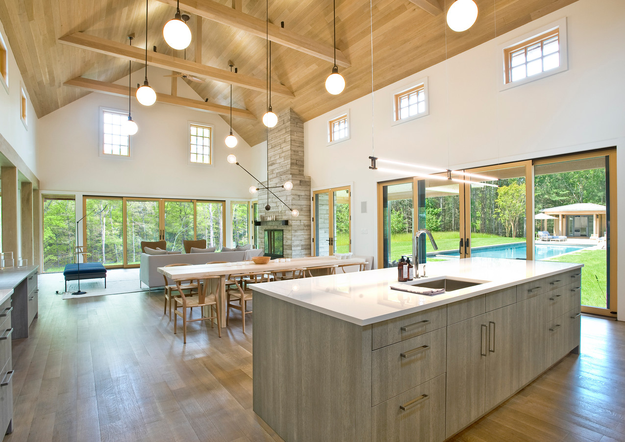 Great Room Barn with Kitchen