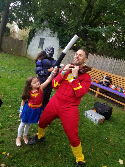 Costumed-Character-With-Little-Girl.jpg
