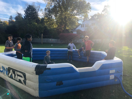 Outdoor-Inflatable-Pit-Game.jpg