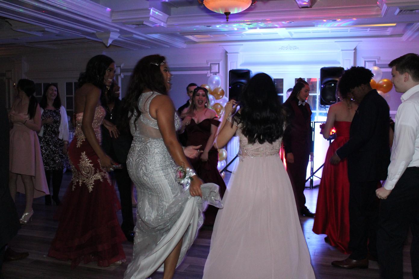 High-School-Prom-Party.JPG