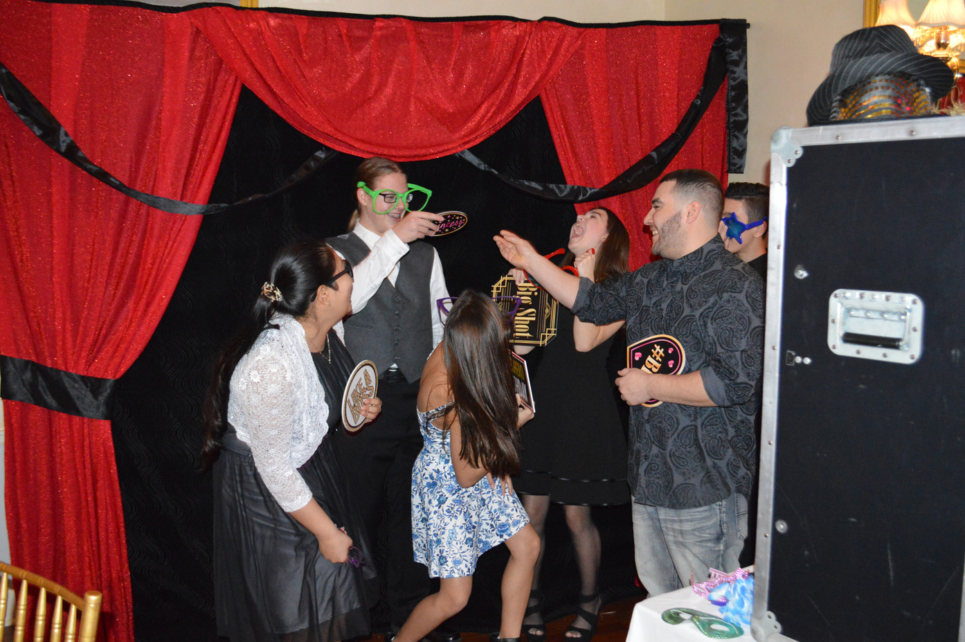 Specialty-Backdrops-Photo-Booth.JPG