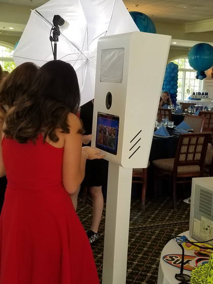 Social-Photo-Booth-For-Event.jpg