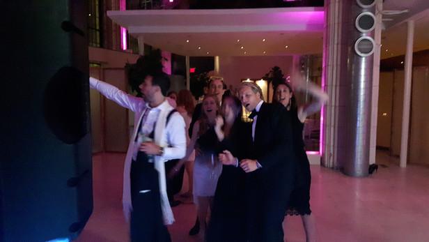 Karaoke-Dj-For-Party.jpg